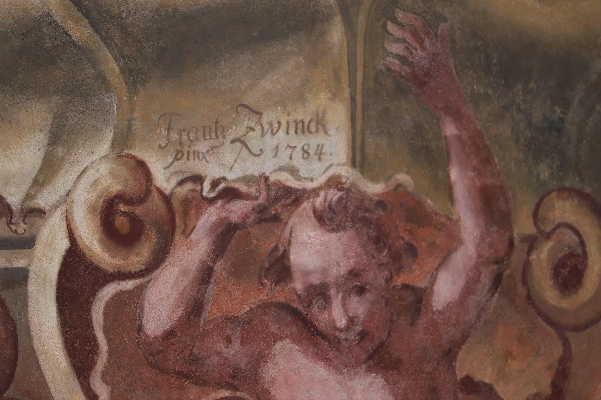"""Am Pilatushaus signierte der Lüftlmaler mit """"Frank Zwinck, pinx 1784."""" (Foto: Knut Kuckel)"""