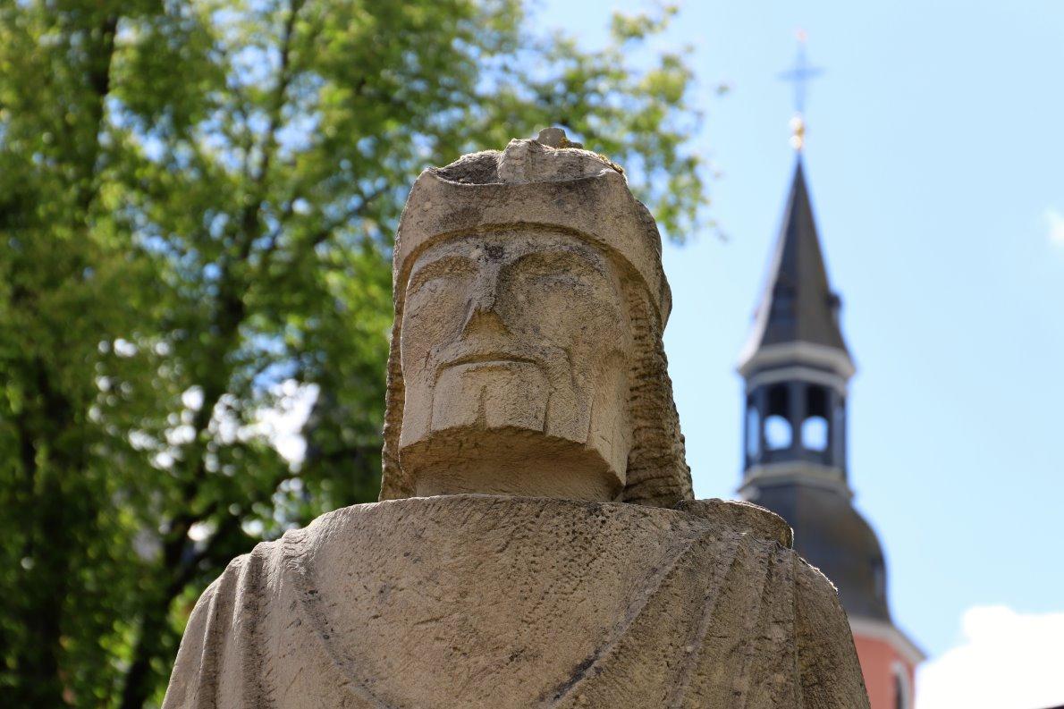 Man sagt, Karl der Große habe die erste Salvatorkirche erbauen lassen. (Foto: Knut Kuckel)