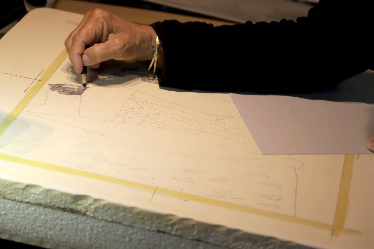 """""""Von Hand gemacht"""" - Veronika Gerber malt auf Stein. Foto: Knut Kuckel"""